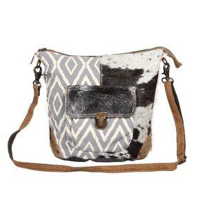 Handbags - 💥NEW💥 Boho Chic Hair On Shoulder Bag
